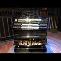 Budapest, Zeneakadémia (Franz-Liszt-Akademie), Spieltisch komplett