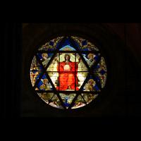 Basel, Münster, Davidsstern - Fenster im Querhaus aus dem 13. Jahrhundert