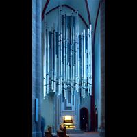 Mainz, St. Stephan, Orgel im Licht der blauen Chagall-Fenster