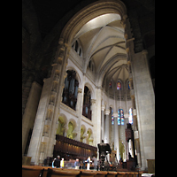 New York (NY), Episcopal Cathedral of St. John the Divine, Chorraum mit Orgel (Nordseite)