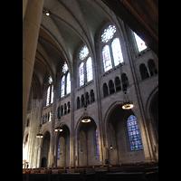New York (NY), Riverside Church, Seitlicher Blick ins Hauptschiff