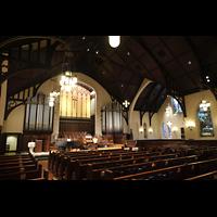Germantown (PA), First Presbyterian Church, Innenraum seitlich mit Blick zum Chor mit Chancel Organ