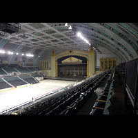 Atlantic City (NJ), Boardwalk Hall (''Convention Hall''), Bühne und Orgelkammern seitlich