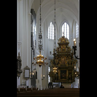 Malmö, S:t Petri Kyrka, Chorraum mit Altar und Chororgel
