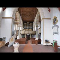 Rötha, St. Georgen, Innenraum in Richtung Orgel