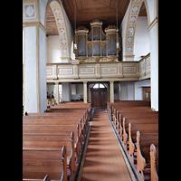 Rötha, St. Georgen, Hauptschiff in Richtung Orgel