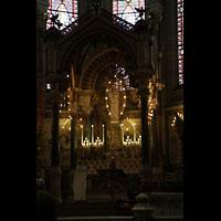 Lyon, Notre-Dame de Fourvière, Baldachin und Marienaltar