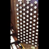 Hanover (PA), St. Matthew's Lutheran Church, Spieltisch - Teilansicht rechte Registerstaffel