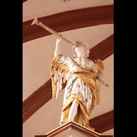 Solms-Oberbiel b. Wetzlar, ehem. Klosterkirche St. Maria und Michael Altenberg, Figuren auf der Orgel