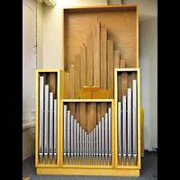 Berlin - Zehlendorf, Adventgemeinde im Krankenhaus Waldfriede (Adventisten), Orgel
