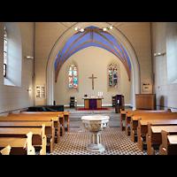 Berlin - Pankow, Alte Pfarrkirche ''Zu den Vier Evangelisten'' (Hauptorgel), Innenraum in Richtung Altar