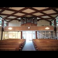 Berlin - Zehlendorf, Amerikanische Kirche, Innenraum in Richtung Orgel