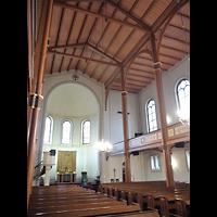 Berlin - Mitte, Annenkirche (SELK) - Kleine Orgel im Gemeindesaal, Innenraum in Richtung Altar