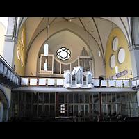 Berlin - Köpenick, Christophoruskirche Friedrichshagen, Innenraum in Richtung Orgel