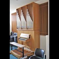 Berlin - Zehlendorf, Diakonieverein, Orgel seitlich