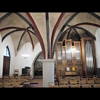 Berlin - Neukölln, Dorfkirche Buckow, Innenraum in Richtung Orgel