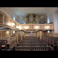 Berlin - Hellersdorf, Dorfkirche Kaulsdorf (Jesus-Kirche), Innenraum in Richtung Orgel