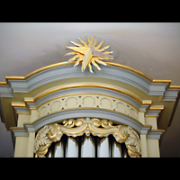 Berlin - Hellersdorf, Dorfkirche Kaulsdorf (Jesus-Kirche), Prospektdetail mit Zimbelstern