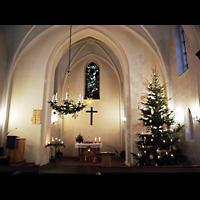 Berlin - Marzahn, Dorfkirche, Innenraum in Richtung Altar