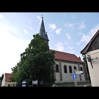 Berlin - Köpenick, Dorfkirche Rahnsdorf, Außenansicht seitlich