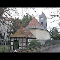 Berlin - Neukölln, Dorfkirche Rixdorf (Bethlehemskirche), Außenansicht Chorseite