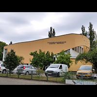 Berlin - Tempelhof, Evangelisch-Freikirchliche Gemeinde (Baptisten), Außenansicht von der Seite