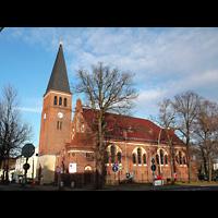 Berlin - Treptow, Ev. Kirche Altglienicke (Hauptorgel), Außenansicht der Kirche