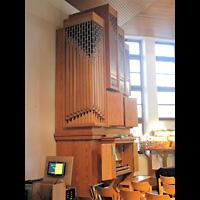 Berlin - Hellersdorf, Evangelische Kirche, Orgel seitlich