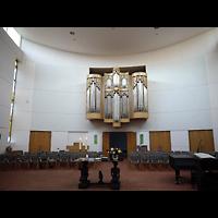 Berlin (Lichtenberg), Ev. Kirche Wartenberg, Innenraum in Richtung Orgel