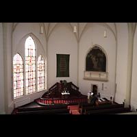 Berlin (Kreuzberg), Evangelisch-methodistische Christuskirche, Innenraum in Richtung Altar