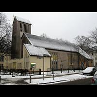 Berlin - Reinickendorf, Evangeliumskirche, Außenansicht der Kirche