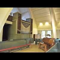 Berlin - Köpenick, Friedenskirche Niederschöneweide, Orgel mit Spieltisch