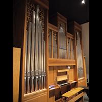 Berlin (Charlottenburg), Friedenskirche Westend, Orgel mit Spieltisch seitlich