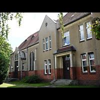 Berlin - Pankow, Gemeindehaus Nordend (Positiv), Außenansicht