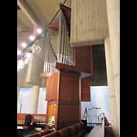 Berlin (Charlottenburg), Ökumenisches Gedenkzentrum Plötzensee e.V., Orgel seitlich