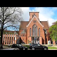 Berlin - Neukölln, Genezareth-Kirche, Außenansicht, Fassade