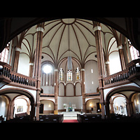 Berlin (Prenzlauer Berg), Gethsemane-Kirche (Positiv), Innenraum in Richtung Altar