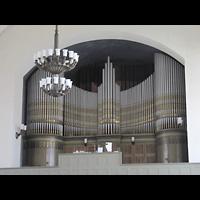 Berlin-Tempelhof, Glaubenskirche, Orgel seitlich