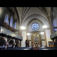 Berlin - Mitte, Golgathakirche (Hauptorgel), Innenraum in Richtung Altar und Orgeln