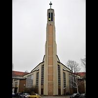 Berlin (Charlottenburg), Gustav-Adolf-Kirche, Außenansicht der Kirche mit Turm