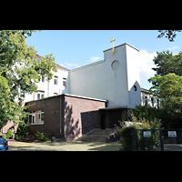 Berlin - Charlottenburg, Heilig-Geist-Kirche (Westend), Außenansicht der Kirche