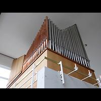 Berlin - Neukölln, Herrnhuter Brüdergemeinde, Orgel perspektivisch