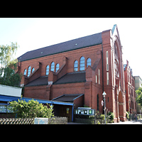 Berlin (Charlottenburg), Herz-Jesu-Kirche, Außenansicht seitlich