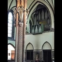 Berlin (Zehlendorf), Herz-Jesu-Kirche, Orgelempore seitlich