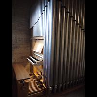 Berlin - Mitte, Kapelle der Versöhnung, Orgel mit Spieltisch