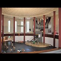 Berlin - Tempelhof, Kirche auf dem Tempelhofer Feld, Blick von der Seitenempore zur Orgel
