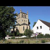 Berlin - Zehlendorf, Kirchen am Stölpchensee, Außenansicht der Kirche