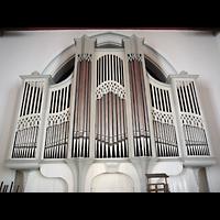 Berlin - Wilmersdorf, Kirche Zum Heiligen Kreuz (SELK), Orgel perspektivisch