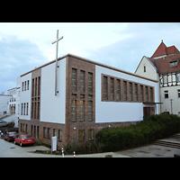 Berlin - Treptow, Krankenhaus Hedwigshoehe, Kapelle (Alexianer), Außenansicht