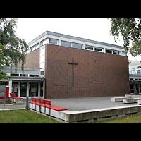 Berlin - Tempelhof, Kirchsaal im Margarete-Draeger-Haus, Außenansicht der Kirche
